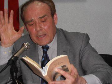 Octavio Uña, Poética y Comunicación